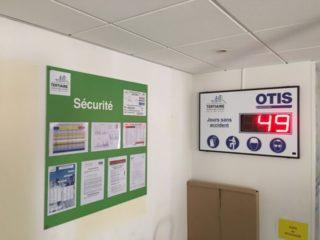 OTIS - nombre de jours sans accident - 3 digit 16cm