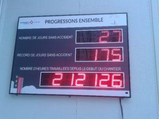 Vinci Construction - nombre de jours sans accident 15 digit 16cm